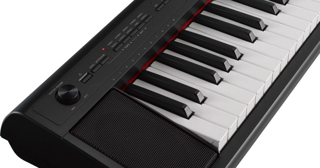 Yamaha NP-12 clavier